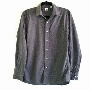 UNIQLO Gray Button Down Shirt